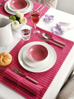 bright-things-for-home-in-berry5