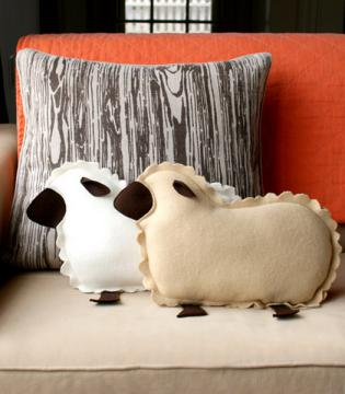 diy-pillows-unusual-shape3