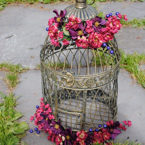 bird-cage-decoration