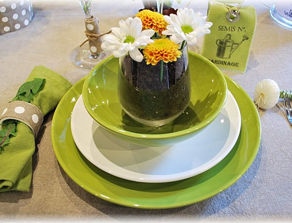 ephemeral-garden-table-setting