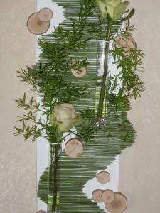 diy-flowers-and-grass-collage-finish2