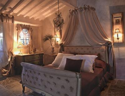 antique-furniture-and-decor-by-em2