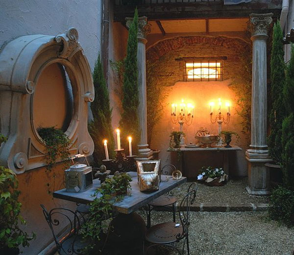 antique-furniture-and-decor-by-emanuela-marchesini