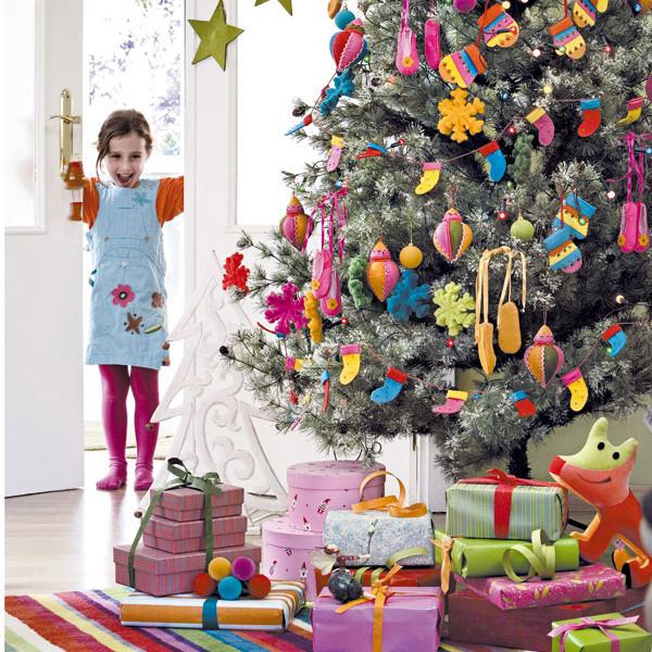 new-year-decoration-for-children