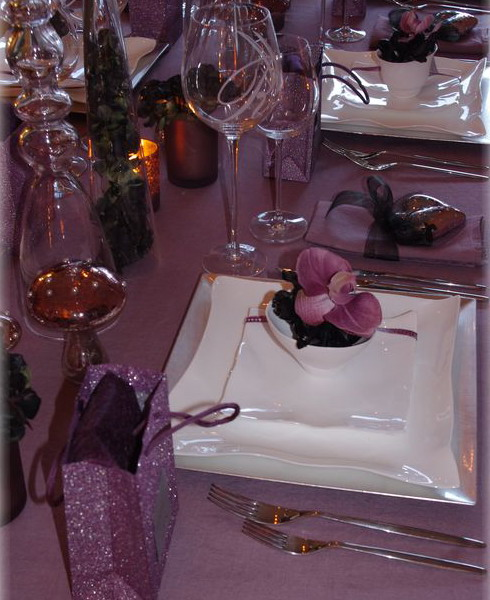 orchids-charming-table-setting