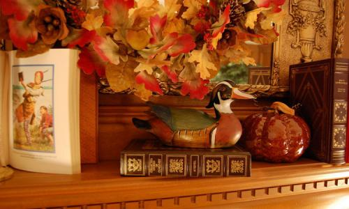 fireplace-mantel-fall-decorating-details8