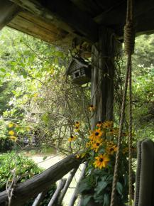 rustic-style-porch-show-tour5