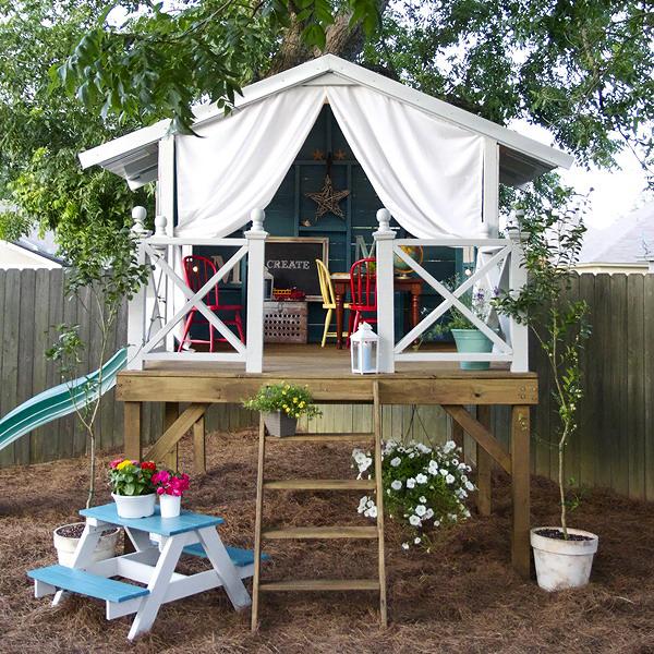 kids-playhouses-in-garden
