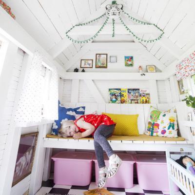 kids-playhouses-in-garden2