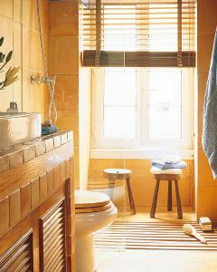 small-bathroom-planning12-1
