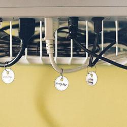 smart-desk-accessories1-5