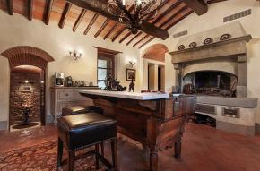 tuscany-traditional-luxury-villa10