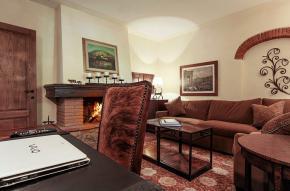 tuscany-traditional-luxury-villa12