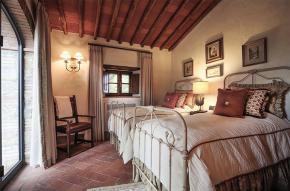 tuscany-traditional-luxury-villa20