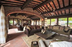 tuscany-traditional-luxury-villa6