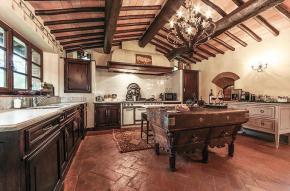 tuscany-traditional-luxury-villa9