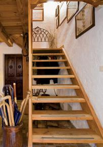 cozy-chalet-style-italian-house4