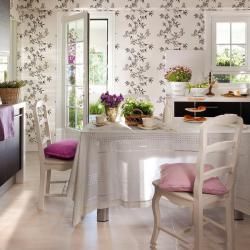 spanish-house-full-of-flowers-and-light9