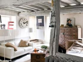 small-livingroom-30-french-ideas22