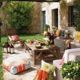 easy-update-porches-with-white-furniture1-2