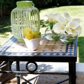 easy-update-porches-with-white-furniture2-3