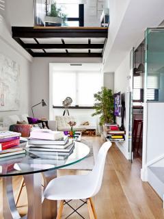 mini-duplex-loft-for-woman-din1
