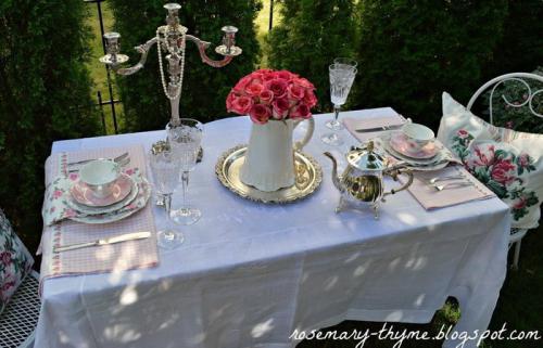 summer-afternoon-tea-in-garden3