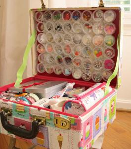 diy-crafty-suitcase3