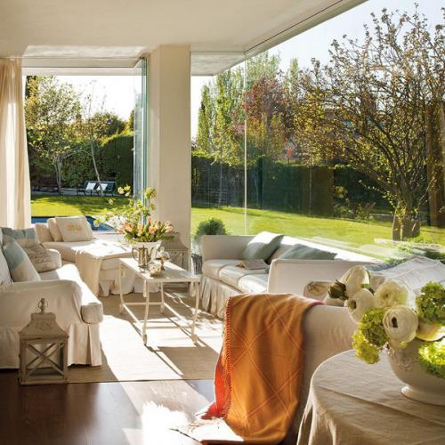 inspiring-livingrooms-with-panoramic-windows3