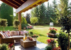 outdoor-livingrooms-12-inspiring-solutions11