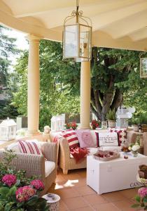 outdoor-livingrooms-12-inspiring-solutions7