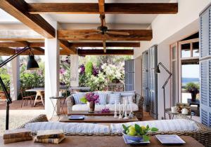 outdoor-livingrooms-12-inspiring-solutions8
