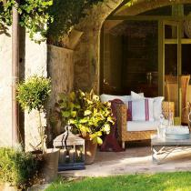 outdoor-livingrooms-12-inspiring-solutions9-2
