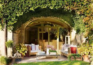 outdoor-livingrooms-12-inspiring-solutions9