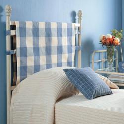rustic-style-in-urban-bedroom1-2