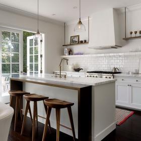 dark-wood-flooring-harmonious-furniture1-4a