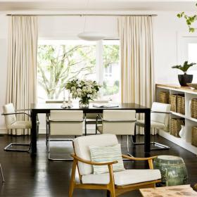 dark-wood-flooring-harmonious-furniture3-2
