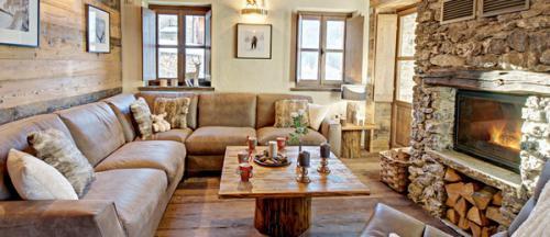 italian-chalet-house1