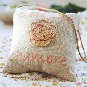 crochet-lace-vintage-interior-ideas1