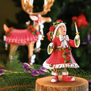 reindeers-and-elves-figurines-by-patience-brewster5-2