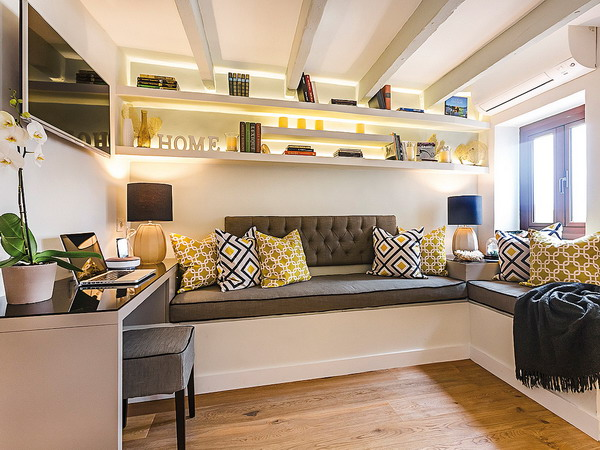 tiny-attic-apartment-makeover1-1