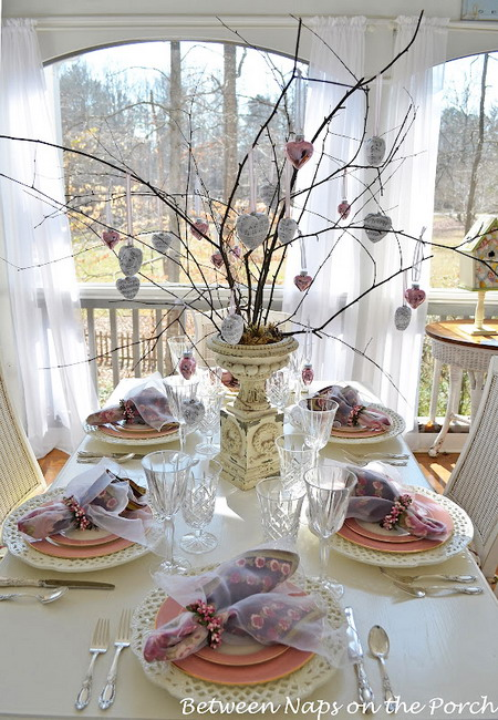 shabby-chic-valentine-day-tablescape2