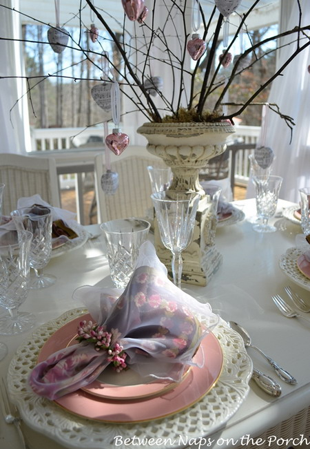 shabby-chic-valentine-day-tablescape3