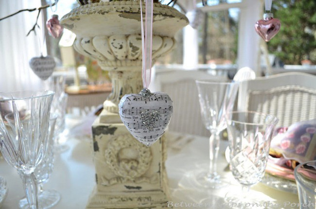 shabby-chic-valentine-day-tablescape8