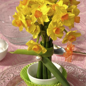 creative-bouquets-of spring-flowers1-1-2