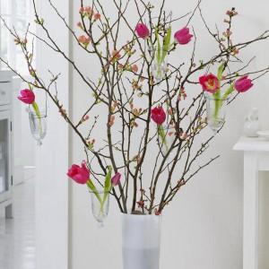 spring-flowers-creative-vases1-1-1