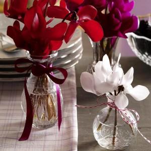 spring-flowers-creative-vases1-5-1