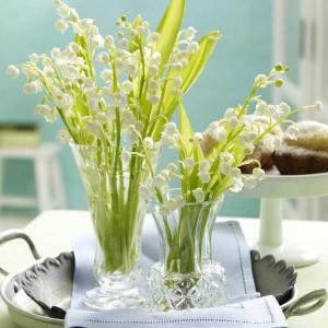 spring-flowers-creative-vases1-5-2