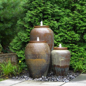 creative-use-large-pots-and-containers-in-garden20-2