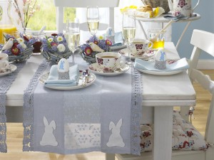 easter-decor-napkins-and-plates3